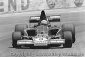 77607  -  G. Lawrence - Lola T332  -  Tasman Series 1977 - Oran Park