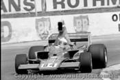 77615  -  A. Costanzo - Lola T332 Chev  -  Tasman Series 1977 - Oran Park