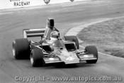 78604  -  John Briggs - Lola T332  -  Tasman Series 1978 - Oran Park