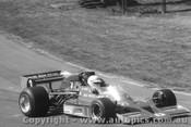 79602  -  K. Bartlett - Lola T400  -  Tasman Series 1979- Oran Park