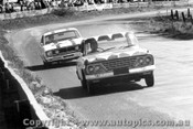 68709 - Weldon / Hall - Studebaker ahead of the Geoghegan Brothers -  68 Ford Falcon GT - Bathurst 1967