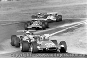 71503 - Campbell s Elfin 600B leads Muir s Rennmax, Fergusson s Bowin P3 and Hastings  McLaren M4A  Oran Park 1972