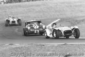 68425 - Pinkerton Lotus Super 7 ahead of Skelton MG Midget Oran Park 1968