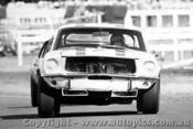 68030 - Niel Allen Ford Mustang Warwick Farm 1968