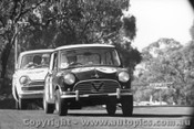 65709 - Foley / Manton Morris Cooper S 3rd Outright ahead of McLauchlan / Murray Ford Cortina GT 500 Bathurst 1965