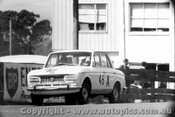 65715 - Martin / Brown Datsun Bluebird Withdrawn after practise due to wheel breakages Bathurst 1965