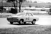 65712 - Smith / Stewart Holden X2 Bathurst 1965