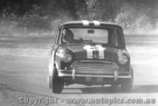 66009 - Peter Manton Morris Cooper S Warwick Farm 1965