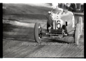 Rob Roy HillClimb 1st June 1958 - Photographer Peter D'Abbs - Code RR1658-011