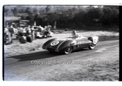 Rob Roy HillClimb 1st June 1958 - Photographer Peter D'Abbs - Code RR1658-019