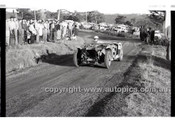 Rob Roy HillClimb 1st June 1958 - Photographer Peter D'Abbs - Code RR1658-020