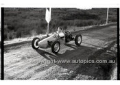 Rob Roy HillClimb 1st June 1958 - Photographer Peter D'Abbs - Code RR1658-021