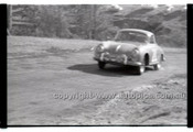 Rob Roy HillClimb 1st June 1958 - Photographer Peter D'Abbs - Code RR1658-032