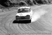 65722 - Barnett / Johnston Humber Vogue -  Bathurst 1965