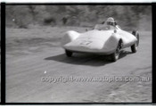 Rob Roy HillClimb 1st June 1958 - Photographer Peter D'Abbs - Code RR1658-039