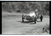 Rob Roy HillClimb 1st June 1958 - Photographer Peter D'Abbs - Code RR1658-040