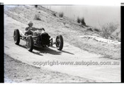 Rob Roy HillClimb 1st June 1958 - Photographer Peter D'Abbs - Code RR1658-043