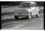 Rob Roy HillClimb 1st June 1958 - Photographer Peter D'Abbs - Code RR1658-053