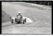 Rob Roy HillClimb 10th August 1958 - Photographer Peter D'Abbs - Code RR1658-117