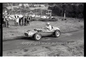 Templestowe HillClimb 7th September 1958 - Photographer Peter D'Abbs - Code 58-T7958-034