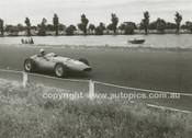 Albert Park 1956 - Photographer Peter D'Abbs - Code 56-AP-002
