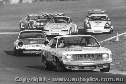 Pete Moore Vw >> 74024 - McCormack Ansett Charger - Pete & Leo Geoghegan Porsche 911S - McKeown Porsche Carrera ...