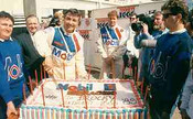 89715 - Peter Brock Celebrates his 21st Bathurst - Bathurst 1989