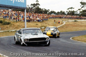 74026 - Allan Moffat Brut 33 Mustang ahead of Thomson s V8 Volkswagen VW- Sandown 1974