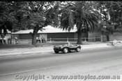 Melbourne Grand Prix 30th November 1958  Albert Park - Photographer Peter D'Abbs - Code AP58-13