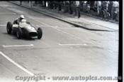 Melbourne Grand Prix 30th November 1958  Albert Park - Photographer Peter D'Abbs - Code AP58-102