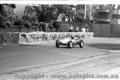 Melbourne Grand Prix 30th November 1958  Albert Park - Photographer Peter D'Abbs - Code AP58-117