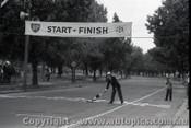 Melbourne Grand Prix 30th November 1958  Albert Park - Photographer Peter D'Abbs - Code AP58-121