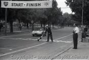 Melbourne Grand Prix 30th November 1958  Albert Park - Photographer Peter D'Abbs - Code AP58-122