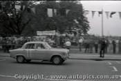Melbourne Grand Prix 30th November 1958  Albert Park - Photographer Peter D'Abbs - Code AP58-131