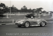 Melbourne Grand Prix 30th November 1958  Albert Park - Photographer Peter D'Abbs - Code AP58-152