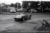 Melbourne Grand Prix 30th November 1958  Albert Park - Photographer Peter D'Abbs - Code AP58-160