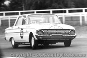 65020 - Bob Blattman - Ford Falcon XL - Warick Farm 1965