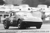 67428 - Bill Gates Lotus Elan - Surfers Paradise 1967