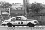68718 - Muir / Reynolds Holden Monara GTS 327 - Bathurst 1968