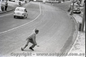 Geelong Sprints 24th August 1958 - Photographer Peter D'Abbs - Code G24858-1