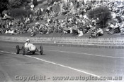 Geelong Sprints 24th August 1958 - Photographer Peter D'Abbs - Code G24858-6