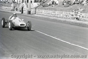 Geelong Sprints 24th August 1958 - Photographer Peter D'Abbs - Code G24858-7