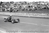 Geelong Sprints 24th August 1958 - Photographer Peter D'Abbs - Code G24858-22