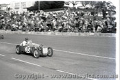 Geelong Sprints 24th August 1958 - Photographer Peter D'Abbs - Code G24858-24