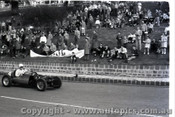 Geelong Sprints 24th August 1958 - Photographer Peter D'Abbs - Code G24858-30