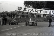 Geelong Sprints 24th August 1958 - Photographer Peter D'Abbs - Code G24858-39