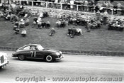 Geelong Sprints 24th August 1958 - Photographer Peter D'Abbs - Code G24858-48