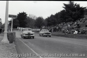 Geelong Sprints 24th August 1958 - Photographer Peter D'Abbs - Code G24858-50