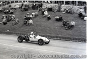 Geelong Sprints 24th August 1958 - Photographer Peter D'Abbs - Code G24858-57
