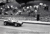 Geelong Sprints 24th August 1958 - Photographer Peter D'Abbs - Code G24858-62